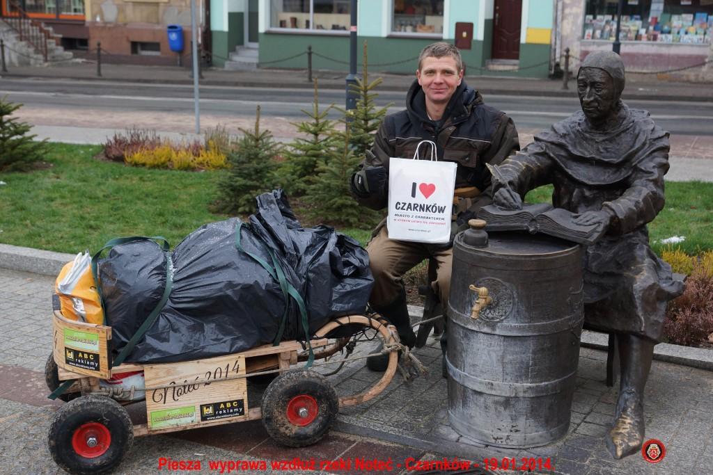 3Na rynku w Czarnkowie( fot. Grzegorz Wójcik)-2