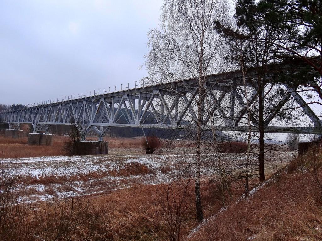 3Nieczynny most kolejowy_
